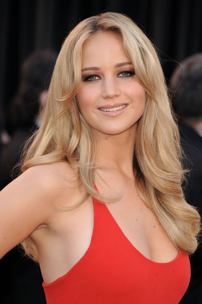 Nude-Jennifer-Lawrence-Photos-Leaked-By-Hacker-With-More-To-Come
